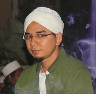 Orang Yang Berhak Menerima Zakat (Bagian 1) - Ustadz Ahmad Dainuri